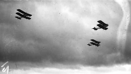 Royal Visit, May 1927 - Three RAAF aircraft  in flight