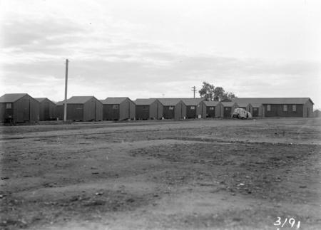 Workmen's huts. Molonglo camp.