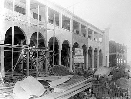 Melbourne building,Civic Centre, under construction forR.J.Dunne for a newsagency
