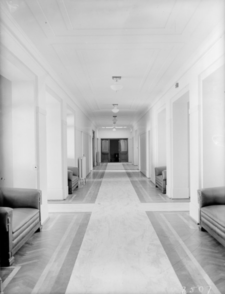 A corridor in Parliament House showing rubber floor covering.