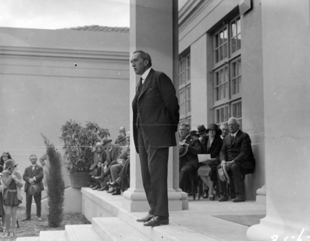 The Right Honorable Stanley Melbourne Bruce speaking at the opening of the Ainslie School in September 1927.
