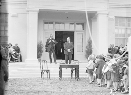 Sir John Butters speaking at the opening the Ainslie School in September 1927, with the Rt Hon Stanley Melbourne Bruce.