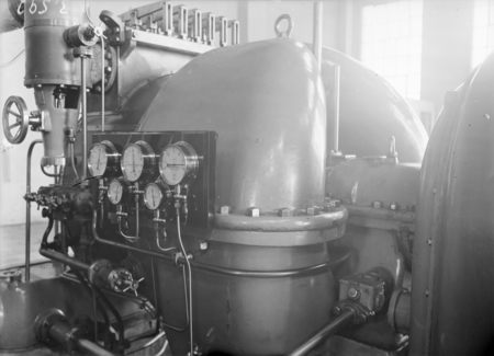 Kingston Power Station. BTH Curtis 1500kW Turbo Alternator. Installed Oct 1927.