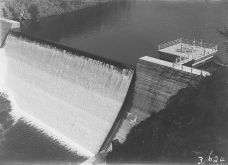Cotter Dam wall, spillway and valve tower.