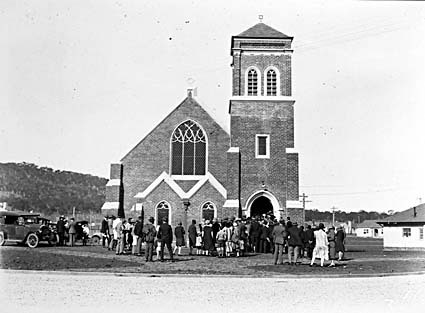 Methodist Church, Coranderrk Street and Dirrawan Gardens, Reid, opening by congregation