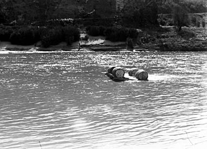 Murrumbidgee River at Uriarra showing a raft made of four barrels