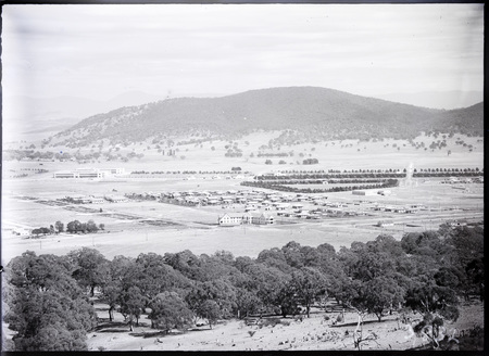 Braddon and Civic Centre from Mount Ainslie. Ainslie Hotel in front.