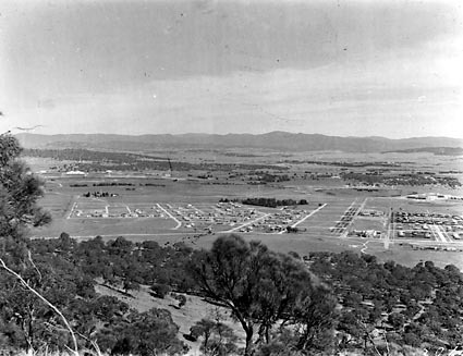 Reid, part of Braddon and Civic Centre from Mount Ainslie