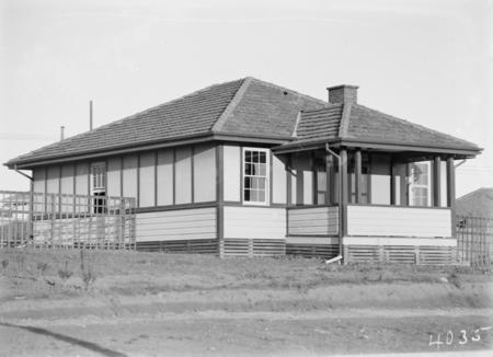 FCC Cottage Type 25 T2.