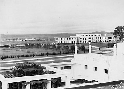 Tennis courts, East block and Hotel Kurrajong from Parliament House