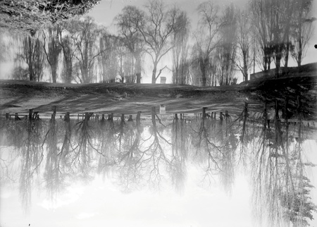 Golf Links, Molonglo River, winter scene