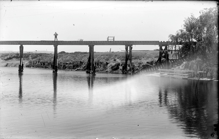 Dairy Flat railway bridge near Duntroon - Washed away in July 1922 flood