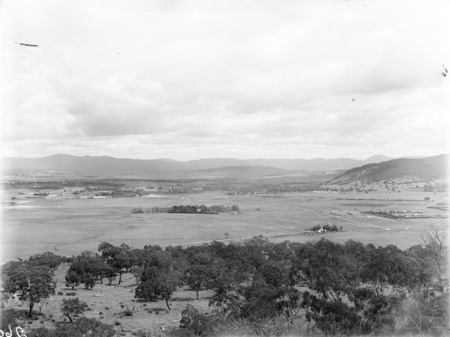 Panorama from Mount Ainslie towards Civic and Braddon.