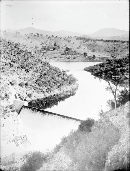 Cotter Dam and the dam wall from the south