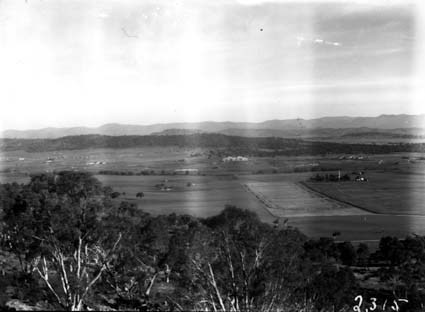 Panorama from Mount Ainslie showing Anzac Park, St John's Church, Parliament House, Forrest and Kingston