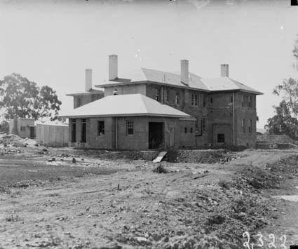 Prime Minister's Lodge, Adelaide Avenue, Deakin