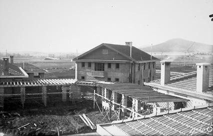 Hotel Canberra under construction, looking towards Mt Ainslie
