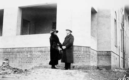 Prime Minister Stanley Melbourne Bruce  and wife watching Parliament House construction