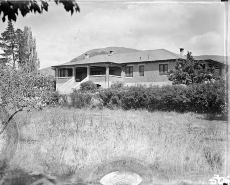 Front of Cuppacumbalong Homestead.