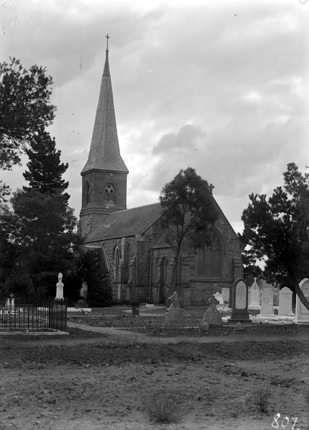 St John's church and graveyard, Constitution Avenue,  Reid