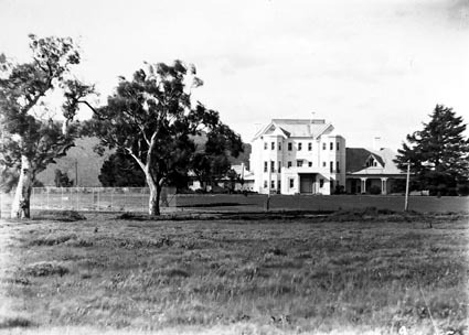 Private Entrance, Government House,Residence of the Governor General, Yarralumla