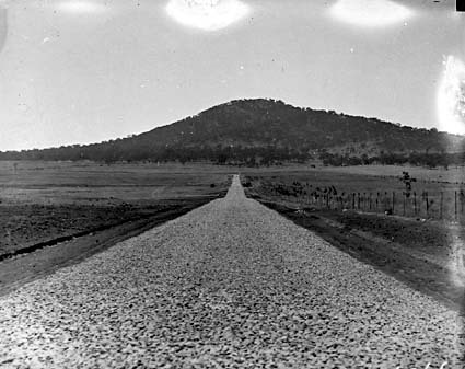 Ainslie Avenue under construction, looking towards Mt. Ainslie