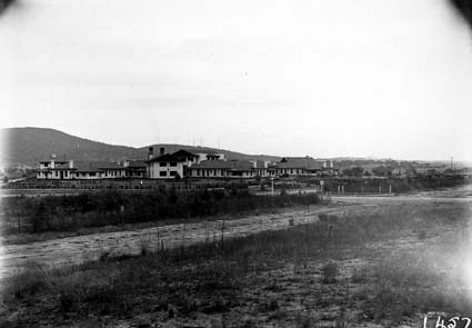Hotel Canberra, from Commonwealth Avenue