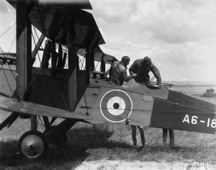 RAAF De Havilland DH9 2 seater aeroplane