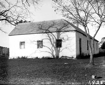 St John's schoolhouse, Constitution Avenue,  Reid