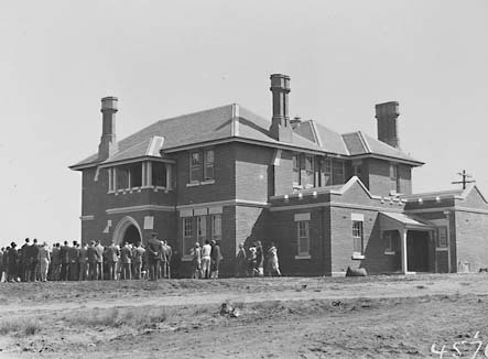 Dedication of St.Andrews House,the Manse for St. Andrews Presbyterain Church, a gift from the Ross family of Kinross near Holbrook, State Circle Forrest