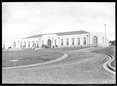 Australian Forestry School, Banks Street, Yarralumla.