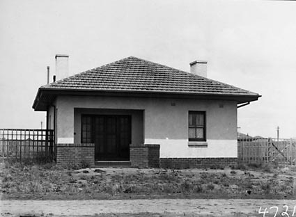 Federal Capital Commission Cottage