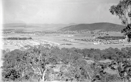 Reid, Braddon and Civic Centre from Mt Ainslie. Ainslie Hotel, Limestone Avenue on right, Black Mountain at the rear