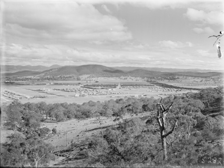 Braddon and Civic Centre from Mt Ainslie. Ainslie Hotel in the centre. Black Mountain at the rear