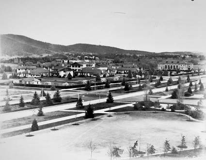 Commonwealth Avenue, Hotel Canberra and Albert Hall from West Block. Black Mountain on the left
