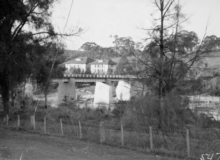 Bridge over the Murrimbidgee River. Cotter Pump House at the rear.