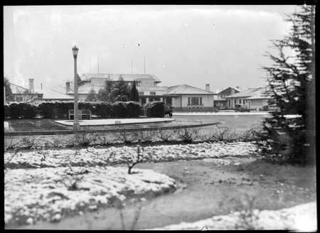 Hotel Canberra under snow.