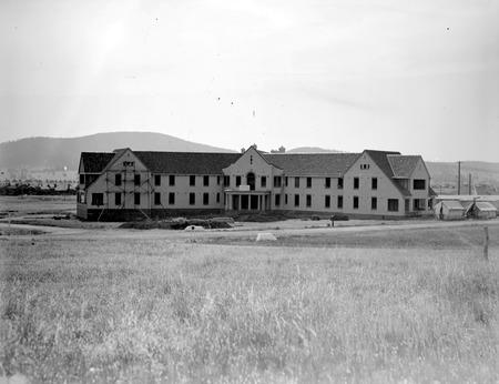 Hotel Ainslie Limestone Avenue ,Reid