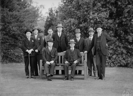Meeting of the Executive Council at Government House, Yarralumla. Seated, Prime Minister Joe Lyons and Governor General Sir Isaac Isaacs. Standing includes Archdale, Parkhill, Bracegirdle, Finlay, Starling.