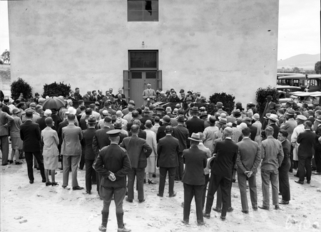 Prime Minister opening CSIR Building. Division of Entomology, Clunies Ross Street, Black Mountain.