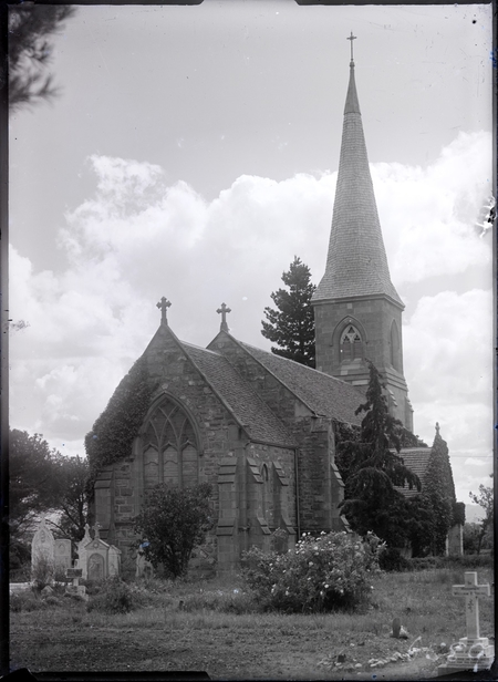 St John's Church from the east, Constitution Avenue, Reid.