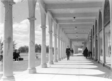 Colonnades, Sydney Building, Civic Centre.