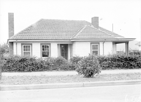 Federal Capital Commission Cottage, Reid.