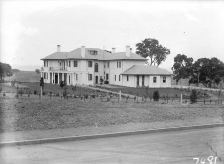 Prime Minister's Lodge, Adelaide Avenue, Deakin.
