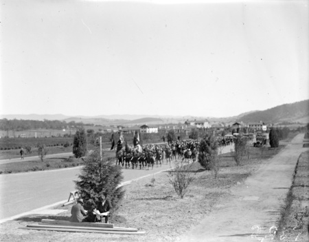 Anzac Day, 1927. Parade in King Edward Terrace.