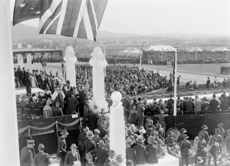 Royal Visit, May 1927. Crowds at the front of Parliament House from the east.