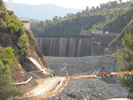 Cotter Dam wall undergoing some changes