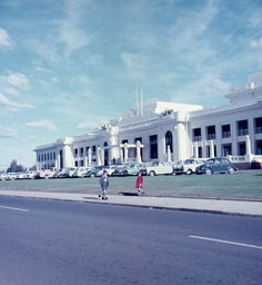 Family photo in 1960 of Parliament House