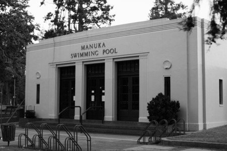 my black and white photograph of Canberra's oldest pool!